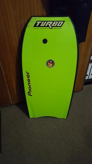 Turbo Kingy bodyboard and NPX Assassin 4/3 wetsuit (48/S)
