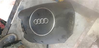 Audi A4 steering airbag