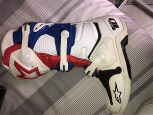 Alpinestar tech 10 for sale