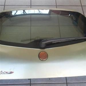 Alfa 147 Bootlid