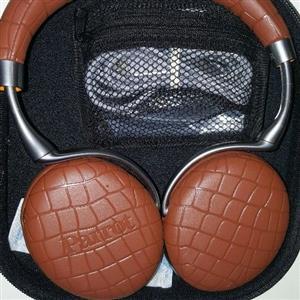 Parrot Zik 3 Bluetooth Headphones  (Active Noise-cancelling)