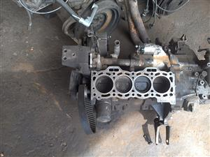 selling 2E half engine . block ,crank and pistons