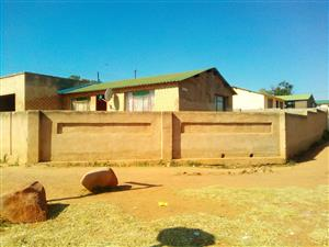 Bargain 4 room house for sale in Soshanguve block F