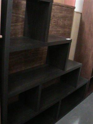 Puzzle shelving unit