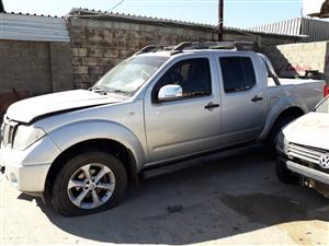 Nissan Navara 2.5 D - 2013 - Stripping for spares