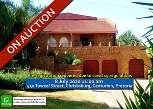 EXCEPTIONALLY NEAT 400 m² HOME • 4 BEDROOM 2 BATHROOM • POOL + LAPA • 3 GARAGES