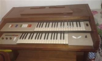 Yamaha and Lowrey organ for sale