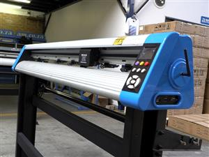 V6-904B V-Auto Superfast Wireless Vinyl Cutter 900mm, Automatic Contour Cutting Function