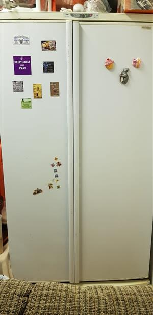 URGENT !HUGE  HEAVY DUTY SIDE BY SIDE FRIDGE AS IS FOR SALE 6000 OR NEAREST OFFER STILL IN USE GOOD CONDITION