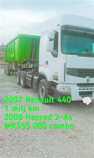 2007 Renault truck with Henred trailer combo
