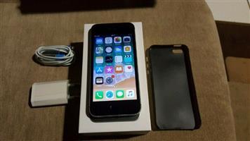 Iphone 5 se 32gig ( warranty )