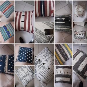 Groot Vloerkussings / Floor Cushions