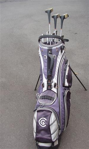 Golf Set Complete with Bag and Clubs