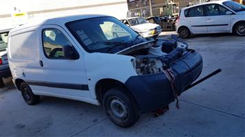 Peugeot Partner 1.9 Diesel 2005 - STRIPING FOR SPARES- ALL CAR AVAILBLE