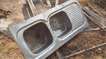 Wasbak 1 Meter : Dubbel kombuis wasbak junk mail