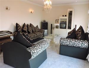 6 Seater Lounge Suite in brilliant condition