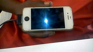 iPhone 4 for sale ASAP. R1300 neg