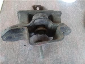 Corolla FWD Automatic Mounting (1984 to 1988)