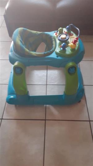 Various baby goods. Walker, warmer, bath seat, foam seat, jumper., used for sale  Boksburg