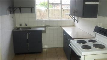 2 bedroom 1 bathroom townhouse to let boksburg south R4500pm excl W and L