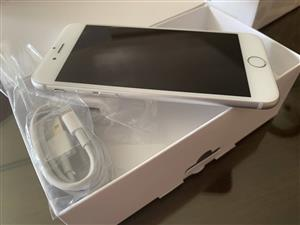 iPhone 6s Plus 64 gb Silver Excellent Condition Unlocked