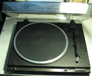Technics SL-BD20-D turntable / RECORD PLAYER