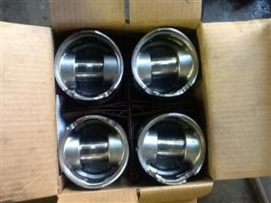 Piston and rings complete with rings only done 1000 km