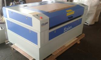 RJ 1390 laser cutter and engraver 100 watt up/down table