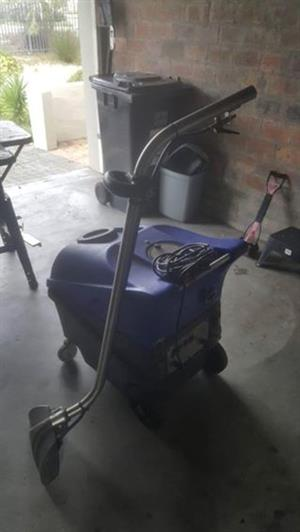 Industrial Carpet and uhpolstery cleaner