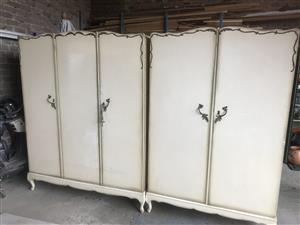 2 x cupboards 2&3 doors