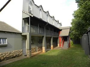 Ivy League 1 bedroom loft close to HPC and LC de Villiers, Hatfield
