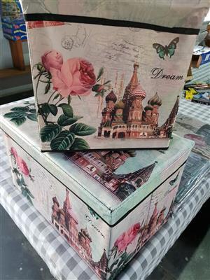 Dream flower ottomans