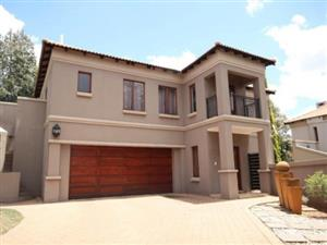 5 bedroom to rent in Silverlakes Pretoria East