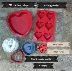 Silicone heart shaped baking gooodies