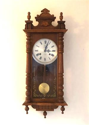 ANTIQUE WOODEN WALL CLOCK 31 DAYS WINDING, WITH PENDULUM