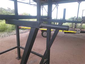 Steel exercise rack for sale