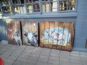 Wooden pallet animal paintings
