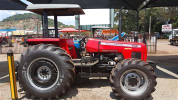 Massey Ferguson 440 Tractor 4x4