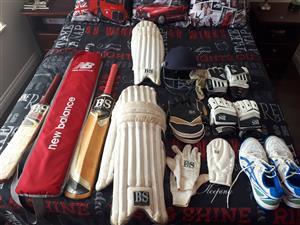 Cricket kit with wicket keeping gear