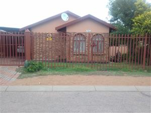 HOUSE ON AUCTION 10 DECEMBER 2019 TIME 10;00 MORNING MABOPANE BLOCK X