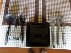 4 PLATES AND KITCHEN TOOLS