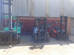 Wide variety forklift in stock