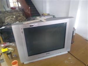 For sale big74cm tv (no remote) allso 34 inch led tv ..stil new