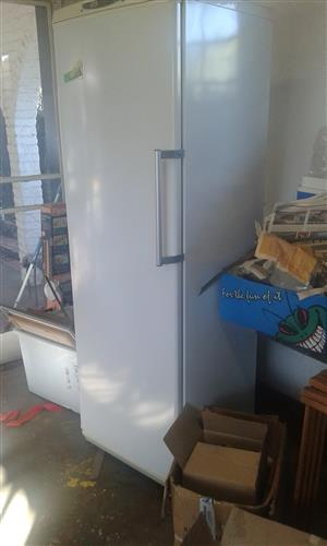 Defy Upright Freezer F530