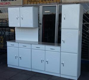 Brand New 3 Piece Kitchen Cupboard Set