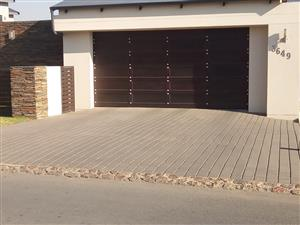 Rustic sectional double Garage Door for Sale