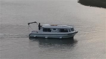 HOUSE BOAT : knysna leisure liner 780