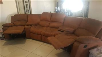 4 Seater couch set for sale