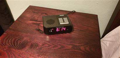 Alarm Clock Radio - Digital