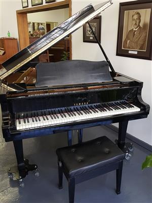 Yamaha C3 Grand Piano 1977